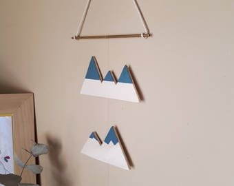 Wall - hanging Mobile mountains