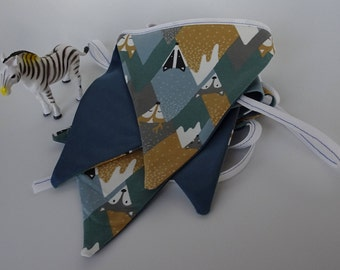 Party flags (Mountain Animals)