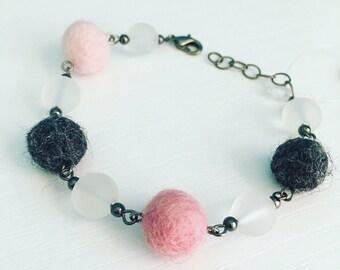 Newport Felt Bracelet in Pink Sky