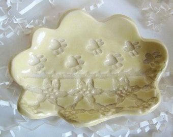 Yellow Soap dish, kitty  jewelry tray, lace spoon rest