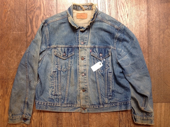"Vintage 1980s 80s Levis Levi Strauss blue indigo denim type three trucker jacket small e red tab 50"" chest workwear"