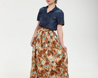 Terribly floral! Exclusive full shaped maxi skirt from thin exclusive floral cotton fabric. Classy vintage new look style.