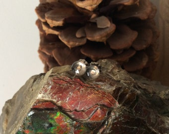 Sparkly Clear Smoky Quartz Rose Cut 6mm Faceted Stud Type Earrings Earings Titanium Hypo Allergenic Spirtuality