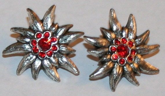 Earrings with edelweiss