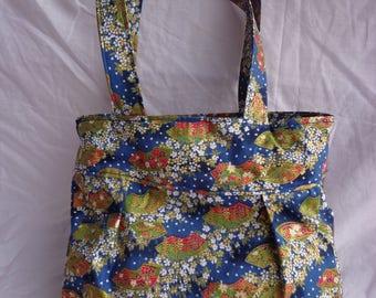 Handmade Fan Pattern Flouncy Bag