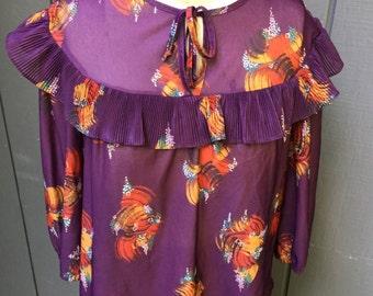 Vintage 70's Deep Purple Ruffle top blouse. 3/4 Slv. Boho Top