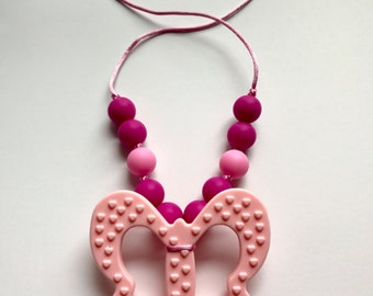 Chompy Butterfly Pendant Necklace-Small Pink