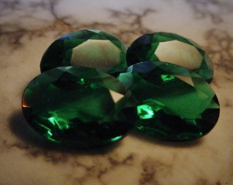 4pc Old 14/10 mm Unfoiled Vintage Oval Emerald Green Czech Glass Transparent 10/14 mm Pointed Back Loose Rhinestones Stones Jewels S1B
