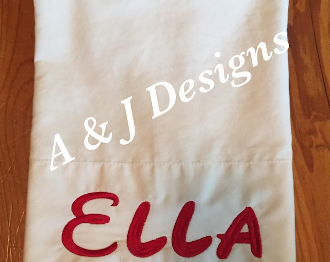 Disney Font / Petsonaluzed Pillowcases