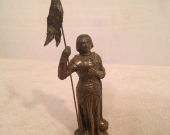 Figurine Statue Spelter Joan of ARC with flag antique H10cm