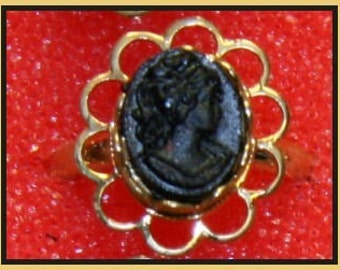 1950's Coal Store Cameo Ring RARE gold