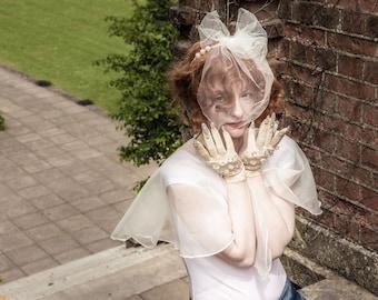 The Trixie Veil - A Bridal Tulle Headpiece