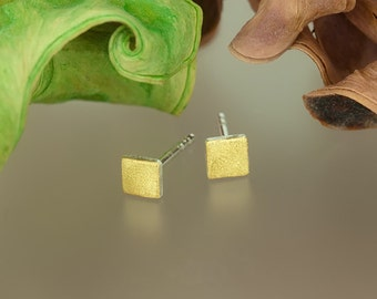 square Stud Earrings with fine gold