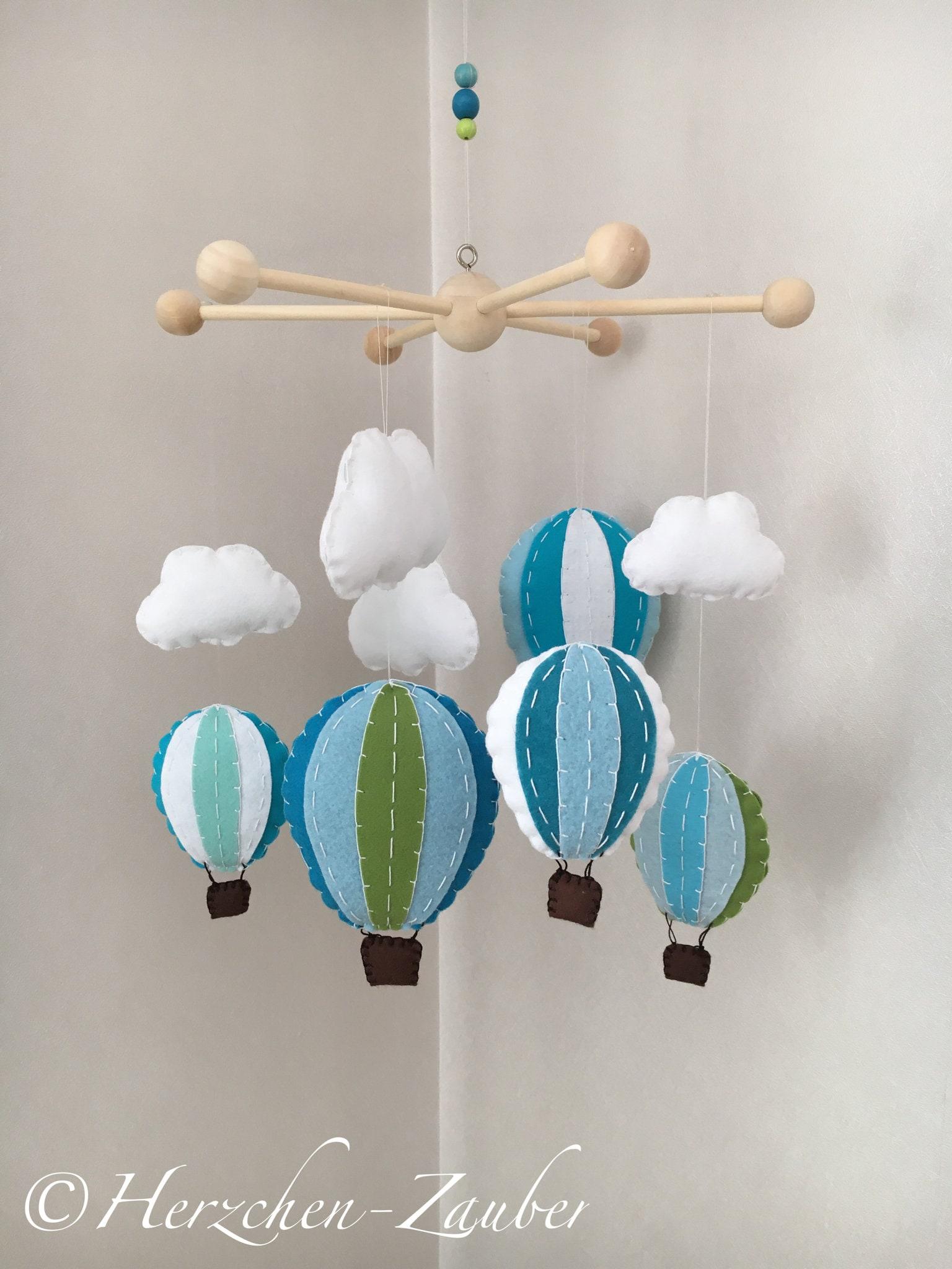 hei luftballon wolke mobile baby deko. Black Bedroom Furniture Sets. Home Design Ideas