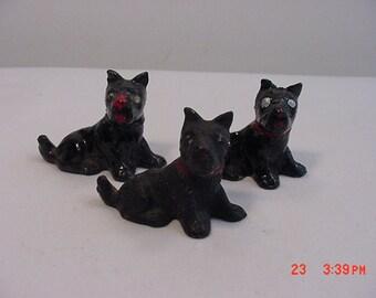 Three Vintage Metal Scotty Scottish Terrier Dog Figurines  16 - 219