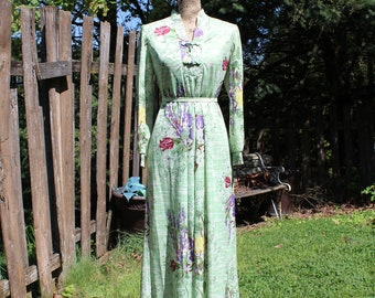 Vintage/green/burgundy/purple/yellow/floral/long/maxi/long sleeve/dress. My latest/Leslie Fay. 1970s. Gorgeous dress! Floral maxi dress!