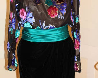 Vintage 1980's Black  Victor Costa Evening Formal Gown with Black Velvet skirt and Multicolored Velvet Flowers with Gold Lame Trim