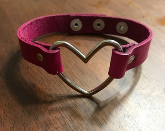 Leather Heart Choker