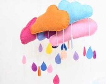 Handmade kidsroom decor: felt cloud