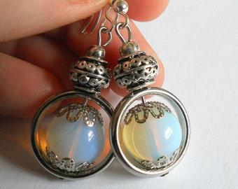 Moonstone earrings, gemstone earrings, moonstone jewelry, unique jewelry, drop earrings, moonstone earrings, boho gemstone jewelry, gift