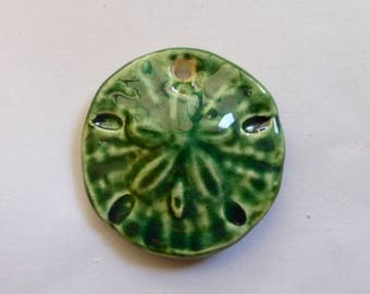 Vintage Green Porcelain Sand Dollar Pendant  32mm (1)