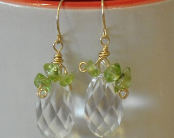 Teardrop Dangle earrings. Teardrop earrings. Peridot Ladies Earrings. Drop earrings