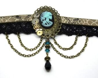 Victorian necklace / steampunk black, bronze
