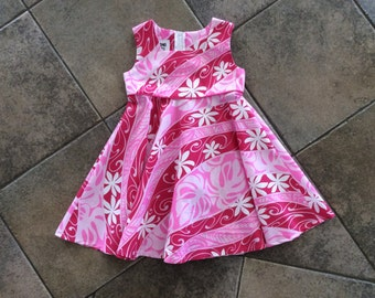 Adorable Girls Dress in Hawaiian Print