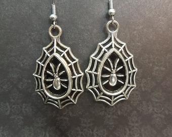 Silver Spiderweb Earrings - Spider Earrings - Halloween Earrings - Sterling Silver