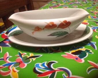 Vintage Noritake fine china Waikiki gravy boat- Japan