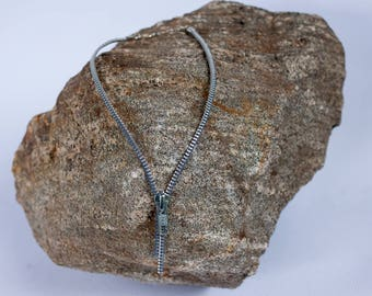 Necklace made of recovered zipper, 1 removable slider, various colors & silver necklace