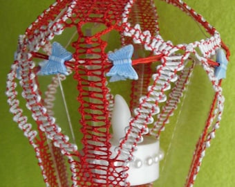 De Kola terne in red and white with butterflies