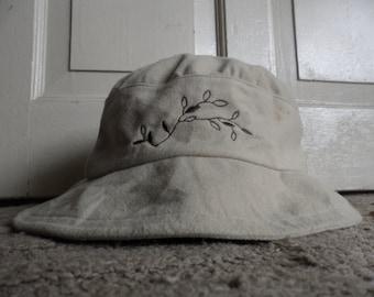 Balmain bucket hat