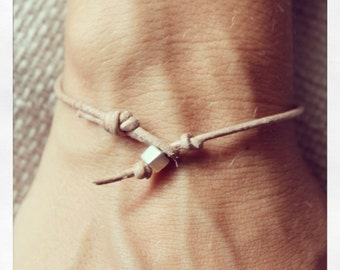 Bracelet Simple 01 Silver Leather Handmade - Natural (B401SV-LNT)