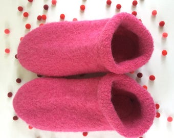 Boiled Wool Slippers // Socks with soles made from Felted Merino Wool // Pink