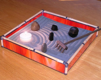 Zen Sand Garden in Red Glass and Bamboo - RD02
