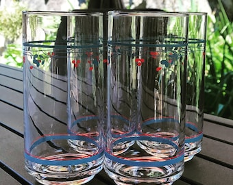 Vintage country violet glasses by corelle