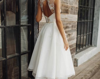 Wedding dress 'STEFANI' // short wedding dress, tea length wedding dress, lace wedding gown, three quarter wedding dress