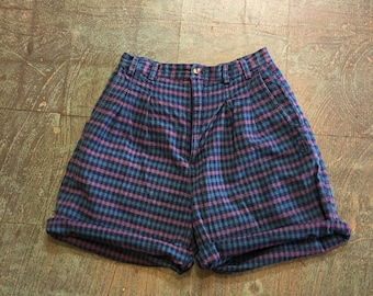 Vintage 80s 90s high waist checkered plaid shorts by JJ FARGO // size 9/10 // mom style soft grunge festival rocker hipster retro