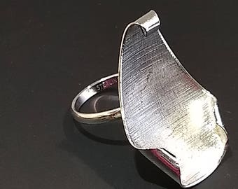20% OFF Sale Sterling Ring Post Modern Era Abstract, Textured Adjustable Size 5-10 B975