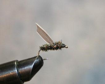 Fly Fishing - Made in Michigan pêche truite mouche - mouche à viande peu variante - paon Herl - mouches de pêche lié à la main - numéro 10 crochet