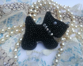 Black Dog Brooch, Black Scottie Dog Pin, Bead embroidery Scottie Dog Brooch, Scottish Terrier Brooch, Terrier Brooch, Scottish Terrier dog