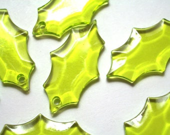 10 Pieces 19mm x 12mm Spring Green Holly Leaf Beads Lucite Holly Beads Plastic Beads Acrylic Holly Beads Christmas Beads Holly Leaves