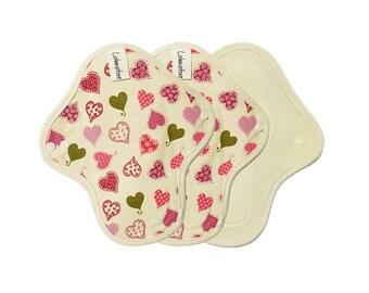 "8"" Washable Cotton Cloth Menstrual Pads / Sanitary napkin /  cloth pad pattern / cloth pads set / Light flow pads - 3 mini pads (Pink heart)"