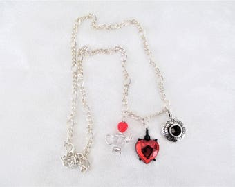 Queen Of Heart Necklace, Alice In Wonderland Necklace, Queen Of Hearts Jewelry, Through The Looking Glass Necklace