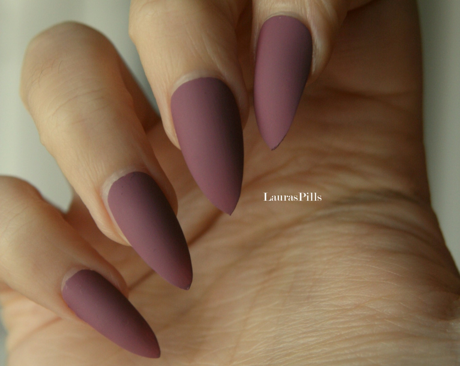 Dark mauve stiletto false nails Matte or glossy mauve pink