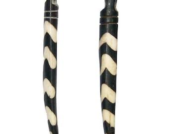 2 Batik Bone Tooth Pendant - Delta Design: Bone Tusk Pendant Batik Bone Pendant African Bone Pendant Recycled Bone (bone-pendant-122)