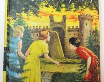 Nancy Drew: The Moonstone Castle Mystery #40 (1963)
