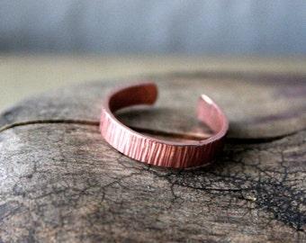 Copper Toe Ring- Striated- 3mm