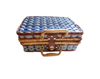 FRENCH vintage 1960 's straw suitcase // TOY //  sixtee's HANDBAG//bags and purses// 60 's